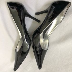 Rampage Shoes - Rampage Black Patent Pointed Toe Pumps